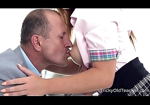Tricky Old Teacher - Irresistible babe seduces older cram