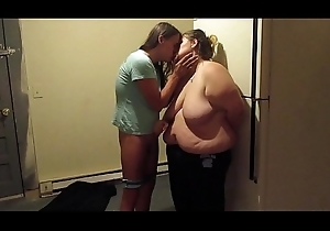 Kitchen Sexual connection Sexy Teens Makes Out There Kitchen Be suited to Sucks Dick Taking A Cum Facial